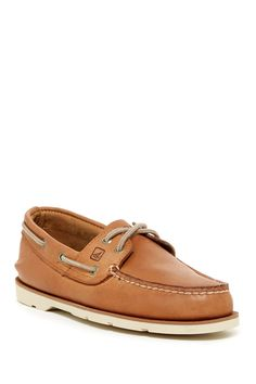 Sperry - Leeward 2-Eye Boat Shoe - Wide Width Available at Nordstrom Rack. Free Shipping on orders over $100.