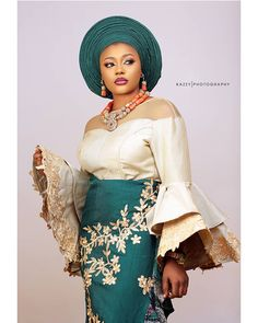African Party Dresses, African Wedding Attire, Latest African Fashion Dresses, African Dresses For Women, African Print Fashion, African Attire, Nigerian Wedding Dresses Traditional, Nigerian Lace Styles, Aso Ebi Lace Styles