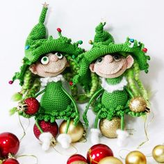 Two Elf sisters decorating Christmas tree :-) Crochet pattern 064 Doll Marie the Christmas tree from @littleowlshut Dolls crocheted by @irinara.essn from Instagram