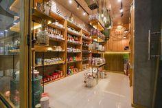 Projeto de Arquitetura Comercial da Tória, assinado por Lineastudio.:
