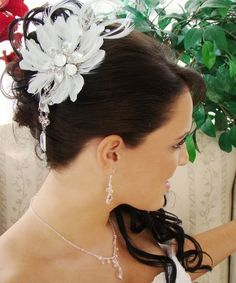 Gorgeous Feather and Crystal Wedding Fascinator