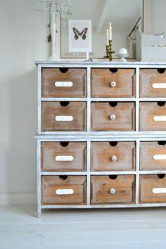 Love the drawer unit ! A Creative Attic Craft Room - Heart Handmade uk Vintage Scrapbook, Scrapbook Rooms, Scrapbook Storage, Dresser, Craft Desk, Craft Rooms, Rustic Farmhouse Decor, Handmade Home, Craft Storage