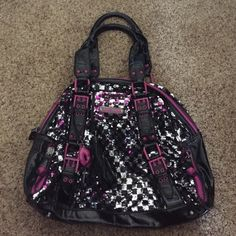 Betsey Johnson Bowler Bag! Really fun bag to change up a look. Wear it black and silver or silver and purple. Tiles change color. In good condition and a great bag for a girls night out!! Betsey Johnson Bags