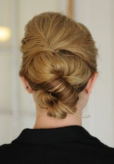 Simple Knot Updo #Hairstyle