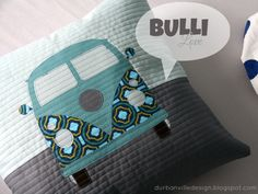 durbanville.design: Ich hätt' so gerne einen VW Bulli ... bis es ein echter wird, gebe ich mich übergangsweise mit (m)einem neuen Bulli-Kissen zufrieden