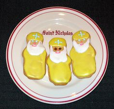 Byzantine St. Nicholas cookie - sugar, butter, sour cream, spice.... yes please
