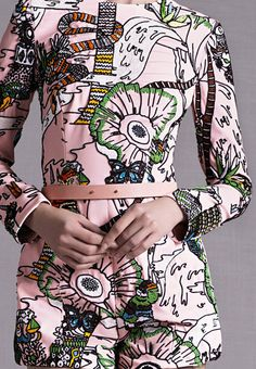 "mary katrantzou - resort 15 detail. Literally screamed ""YES!God Yes! I need it!"" @sconesco #fashion #detroit"