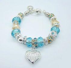 I want a Pandora bracelet. Pandora Charms, Pandora Beads, Pandora Bracelets, Pandora Jewelry, Bracelet Pas Cher, Heart Bracelet, Foot Locker, Cheap Charm Bracelets, Beaded Bracelets