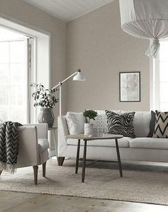 bt_Billie_livingroom_6812_LR Brown Living Room Paint, Brown And Cream Living Room, Living Room Colors, Living Room Interior, Living Room Furniture, Living Room Decor, Asian Interior, Interior Styling, Villa