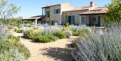 Jardin privé provençal, Saint Cannat (13) - Architecte Paysagiste Thomas Gentilini - Création et aménagement jardin - Marseille - Aix en provence - Luberon - Région PACA - Saint-Tropez
