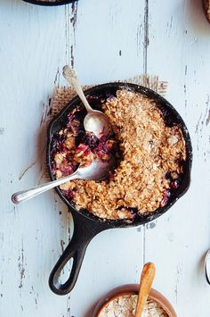 Strawberry and Blackberry Skillet Crisp
