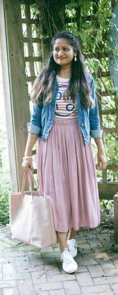 5 Chic and Affordable Back to School Outfits for College Students | dreamingloud.com ----------------------------------------- red and pink, pleated skirt, summer style, denim jacket with skirt, pink pleated skirt