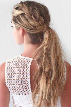 Say Au revoir to bad hair days! Bored with just a plain old ponytail? try adding a french braid to it like isn't it so magnifique? My Hairstyle, Messy Hairstyles, Pretty Hairstyles, Hairstyles 2016, Wedding Hairstyles, Corte Y Color, Good Hair Day, Tips Belleza, Bad Hair