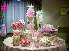 Mesa de dulces para boda pequeña