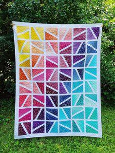 Patchwork Quilt Patterns, Modern Quilt Patterns, Quilting Patterns, Beginner Quilt Patterns Free, Twin Quilt Pattern, Triangle Quilt Pattern, Traditional Quilt Patterns, Quilt Square Patterns, Sewing Patterns