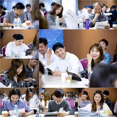 """Song Hye Kyo & Song Joong Ki Are All Smiles While Side By Side At """"Descendants Of The Sun"""" Script Reading"""
