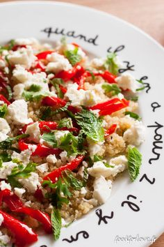 salade quinoa poivrons rotis feta menthe coriandre-4 Healthy Gluten Free Recipes, Feta, Cobb Salad, Risotto, Salad Recipes, Entrees, Food And Drink, Veggies, Cooking
