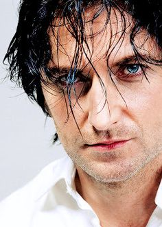 Oh those eyes! That hair!
