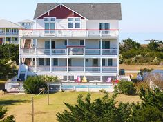Surround Sound, 7 bedroom Semi-Sound Front home in Salvo, OBX, NC