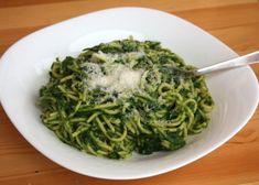 Špagety so špenátom - recept Cabbage, Spaghetti, Healthy Recipes, Healthy Food, Meat, Vegetables, Ethnic Recipes, Anna, Handmade