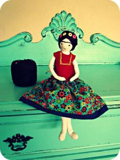 Frida cloth doll by Anacardia Atelier