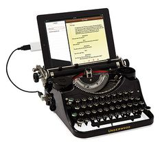 USB Typewriter Geek Gift - OMG! #geekgirl #nerd #christmas2013