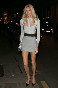 Pin for Later: Don't Miss a Single Supermodel Outfit on the Streets at PFW Day 3 Devon Windsor wearing Balmain.
