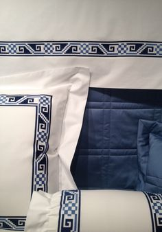 Bespoke bed linens by Léron. Tribal bed linens from the Archaeology collection.