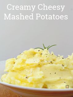 Business Cookware Ought To Be Sturdy And Sensible Creamy Cheesy Mashed Potatoes Is A Very Easy Side Dish With Amazing Flavor. Make Ahead, Freezer Friendly And Great For A Weeknight Dinner Or Thanksgiving Too Popular Recipes, New Recipes, Cooking Recipes, Recipies, Favorite Recipes, Potato Dishes, Potato Recipes, Cheesy Recipes, Great British Food