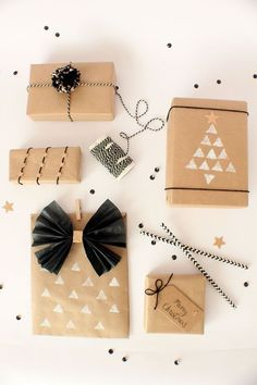 Brown Paper, Monochrome & Copper Christmas Wrapping. Full supply list & tutorials for the bow & pom pom.: