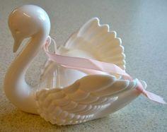 Vintage Avon Cosmetics Pomander Swan Lake