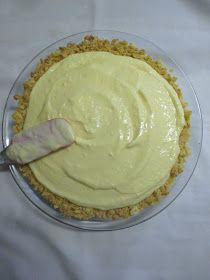 Hot and Cold Running Mom - Just my Stuff: Lemon Pudding Cheesecake Pie Sugar Free Cake Mix Recipe, Cake Mix Recipes, Dessert Recipes, Desserts, Jello Pudding Recipes, Pudding Pies, Jello Cheesecake, Cream Cheese Pie, Instant Pudding Mix