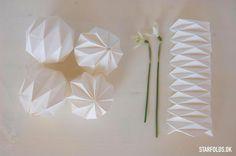 Billedresultat for origami julepynt Diy Origami, Origami Design, Origami Tutorial, Christmas Mood, Noel Christmas, Christmas Paper, Christmas Crafts, 3d Origami Stern, Diy Paper