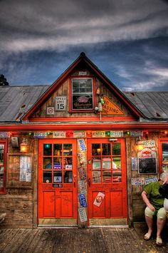 River City Cafe, Wachesaw Place, Murrells Inlet, SC, US - via Flickr.  By GHD Photography and Design