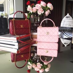 """""""Beautiful picture with beautiful CHANEL Bags from Chanel Handbags, Purses And Handbags, Chanel Bags, London Heart, Rolex, Balenciaga Bag, Red Bags, Vuitton Bag, Cloth Bags"""