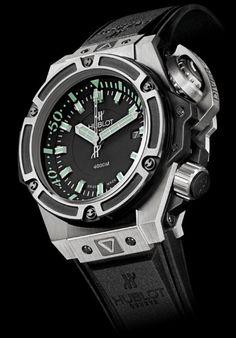 Hublot Oceanographic 4000 Titanium Dive watch. Water resistant up to 4000…  Športové Hodinky d2b5e07ae78