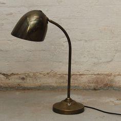 Vilhelm Lauritzen lamp - www.elseschneider.com