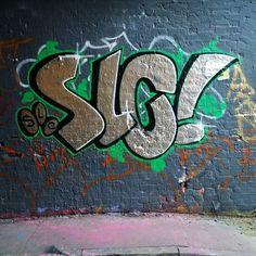 #leakestreettunnel #waterloo #graffiti #london #leakestreet #streetart #londongraffiti #ukgraffiti #se1 #lowermarsh #graff #throwup #tag #bombing #tagsandthrows #spray #spraypaint #spraycanart #spraycan #spraypaintart #paint #painting #aerosol #urbanart #subwayart #art #mural #spraydaily #instaart by londoncapricorn