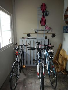 Pallet Furniture. This would solve my bike problems.