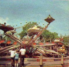 19 retro kép a budapesti Vidámparkról, a hetvenes évekből – DELUXE Budapest, Hungary, Retro Vintage, Park, History, Painting, Sorbet, Fun Things, Ice