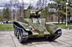 """Soviet BT-5 tank used the so-called """"Christie chassis"""" that the US Army turned down. Christie then sold it to the Soviet Red Army and it was used on many Soviet tanks including the formidable T-34."""