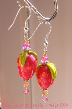 #earrings strawberry    share .. repin .. like  :)      http://amzn.to/XLMcrf