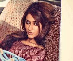 Ileana D'Cruz is in the list of top Hottest & Cutest Bollywood Actresses and one of the popular star in the film industry. Bollywood Heroine, Indian Bollywood Actress, Beautiful Bollywood Actress, South Indian Actress Photo, Indian Actress Hot Pics, Indian Actresses, Ileana D'cruz, Indian Celebrities, Beautiful Celebrities