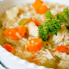 Slow Cooker Lemon Chicken Orzo Soup - A deliciously light and fresh soup recipe inspired by Panera's soup recipe. Slow Cooker Lemon Chicken, Lemon Chicken Orzo Soup, Chicken Soup Recipes, Crockpot Recipes, Pita Recipes, Healthy Recipes, Chicken Caesar Wrap, Light Summer Meals, Clean Eating
