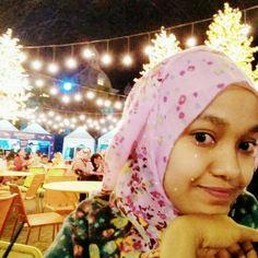Muslimah at malang night paradise. Inoonesia