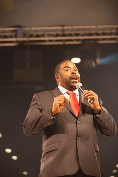 Les Brown  Motivational Speaker and Business Coach