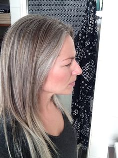Grey is the new blonde | Silver highlights and dip-dye at almost two years