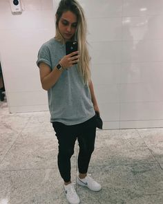 You are in the right place about Tomboy Outfit asian Here we offer you the most beautiful pictures about the Tomboy Outfit hipster you are looking for. When you examine the part of the picture you can Tomboy Girl, Tomboy Chic, Tomboy Fashion, Girl Fashion, Fashion Outfits, Tomboy Swag, Boyish Girl, Boyish Style, Casual Tomboy Outfits