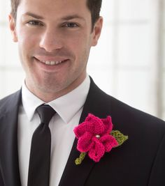 How To Make A Crochet Boutonniere | FREE Crochet Patterns | DIY Wedding