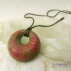 Floral green and terracotta red handmade polymer clay pendant by Fulgorine on Etsy